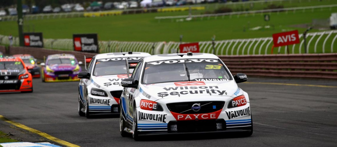 Wilson Security Sandown 500 'Retro' round provides plenty of nostalgia and epic battles