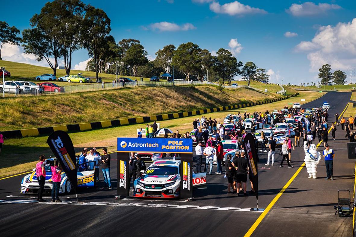 TCR kicks off at Sydney Motorsport Park
